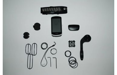 Garmin Edge 1030 Bundle inkl. HF Brustgurt, Speed, Trittfrequenzsensor, Aerohalter