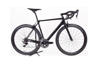 Factor O2 Stealth Black, komplett Bike mit Black Inc 5 Laufräder, Shimano Dura Ace 9100 Gruppe, 54cm
