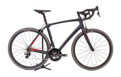 Trek Domane SLR Custom, Sram RED eTap, DTSwiss Carbon Laufräder, Matte Dnister Black/Viper Red 56cm