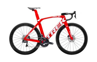 Trek Madone SLR 7 Disc Viper Red Trek White Aero Rennrad