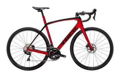 Trek Domane SL 5 Disc Shimano 105 Rage Red Trek Black