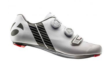 Bontrager XXX Rennrad Schuh extrem steife Carbonsohle, 2fach Boa Drehverschluss, griffigen Gummistollen, super leicht, White
