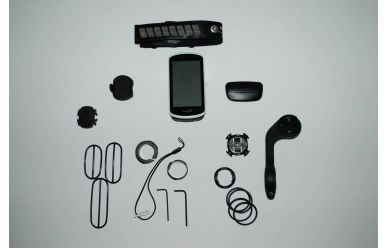 Garmin Edge 1030 Bundle inkl. HF Brustgurt, Speed, Trittfrequenzsensor, Aerohalter