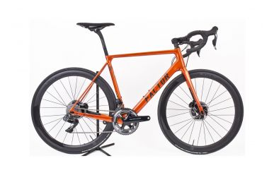Factor O2 Disc komplett Bike mit Black Inc. 5 Laufräder, Shimano Dura Ace 9170 Disc, Burnt Orange 56cm