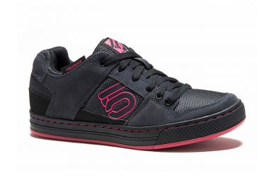FiveTen Freerider Womens Solid Black Berry Stealth Ph Sohle MTB Schuh